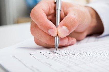 Понимание контрактов и финансовых документов