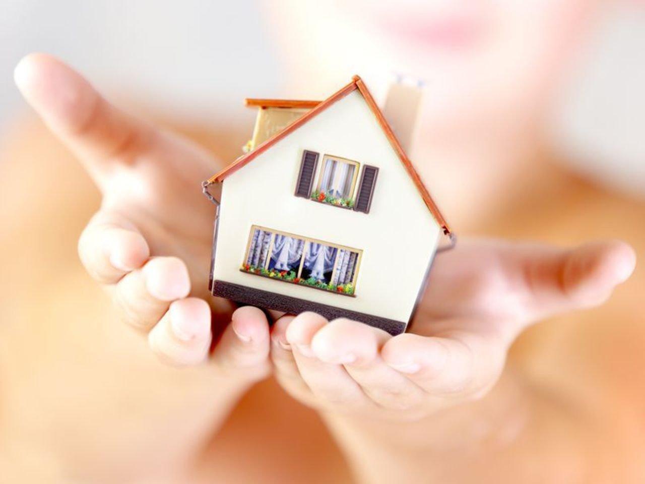 Как многодетной семье получить квартиру от государства?