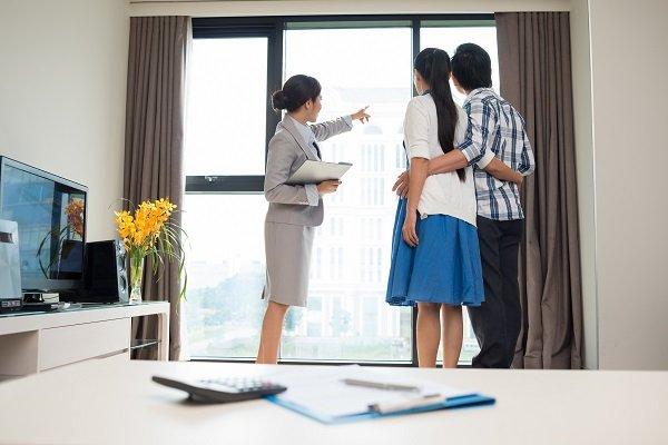 Проверять состояние жилого помещения